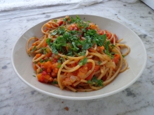 Wholemeal pasta with carrot, chilli and cherry tomato